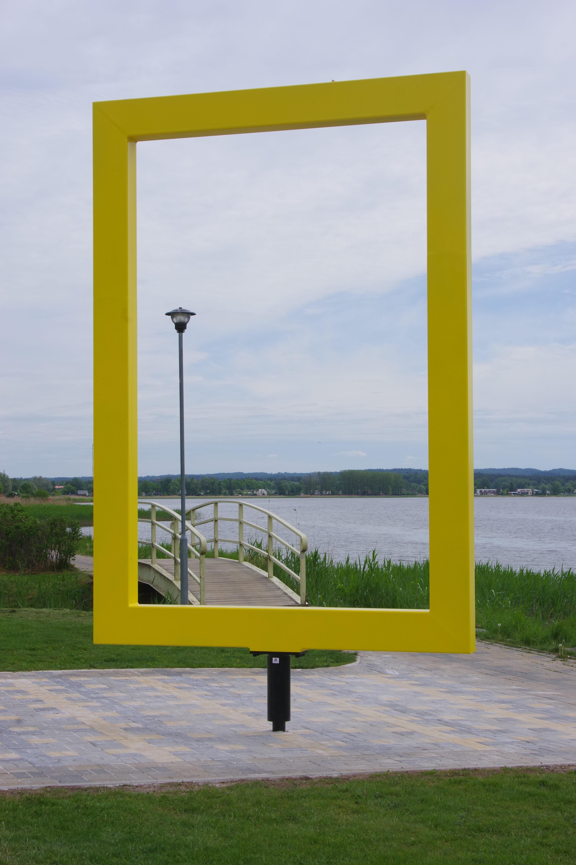 NG raam Võrus Tamula järve kaldal